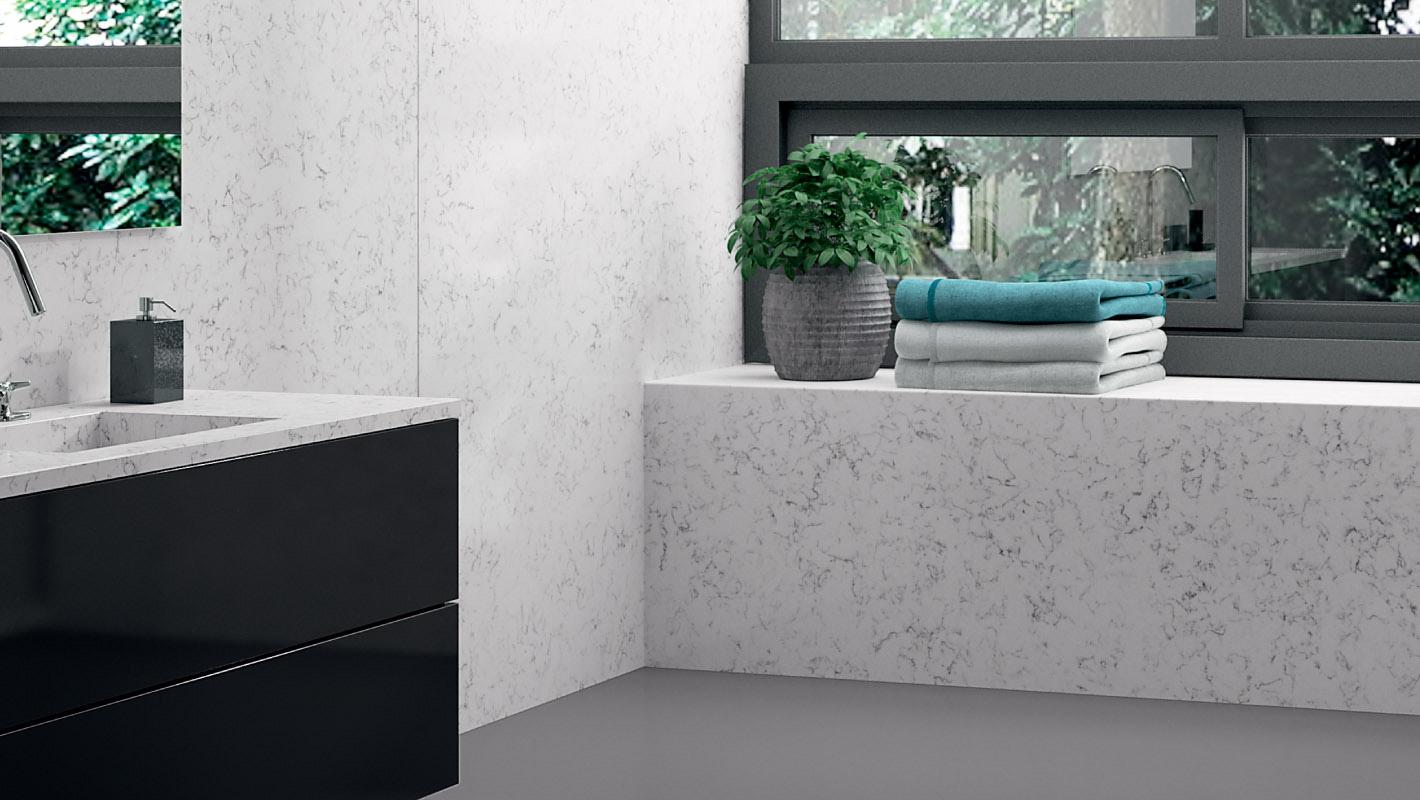 Wand- und Bodenbeläge im Badezimmer